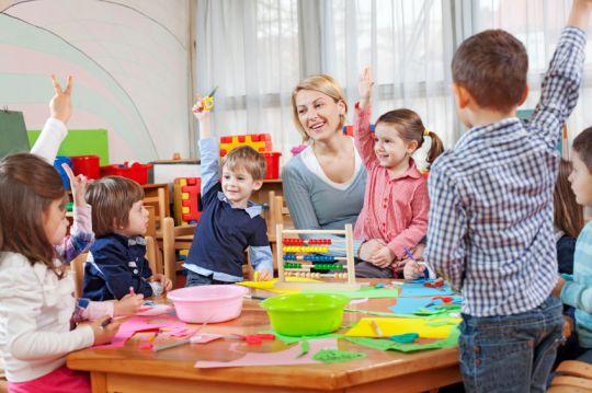 Sumber : http://www.kesekolah.com/artikel-dan-berita/pendidikan/ini-dia-tips-efektif-menjadi-guru-paud-yang-handal.html