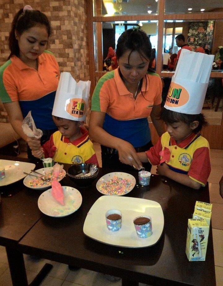 Menghias Cupcake