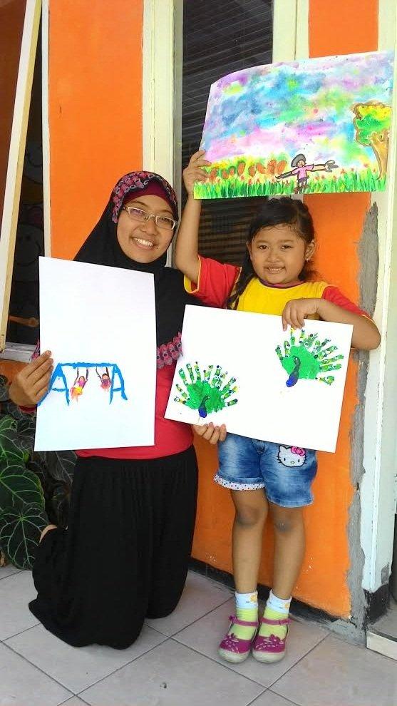 Aliya, Ibu dan Lukisannya