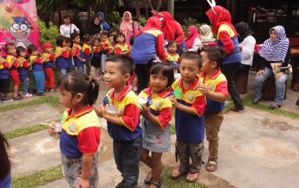 Belajar Budaya Mengantti di Activiy Kids
