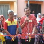 Pengguntingan Pita Tandai Launching biMBA-AIUEO Unit Sa'un Pondok Rangon