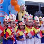 Lagu Kebangsaan Mengawali Pentas Baca Unit Taruna Jaya