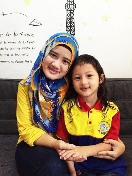 Syakirah bersama sang Ibunda