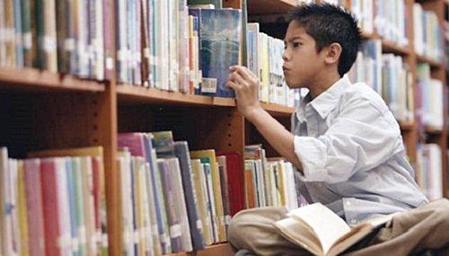 Anak dengan Minat Baca Tinggi