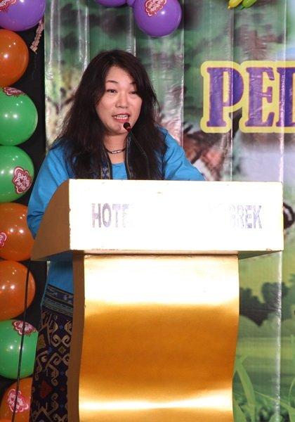 Sambutan dari Ibu Marina Aritonang ST selaku Ketua Panitia Acara TK AIUEO Slipi