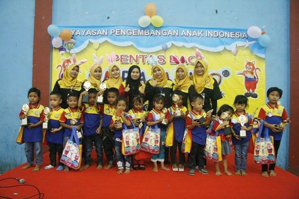 Para Pemenang Foto Bersama