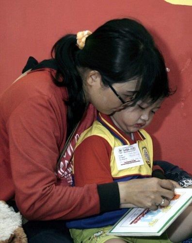 Meningkatkan Minat Baca Anak Sejak Dini