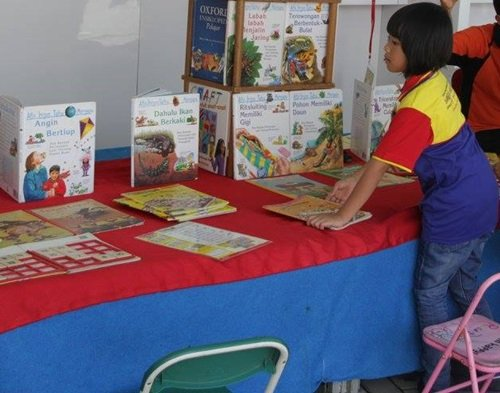 Tumbuhkan Persahabatan Anak dan Buku