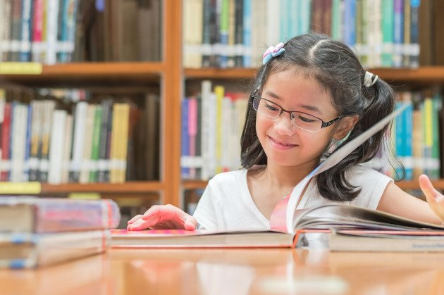 7 Cara Agar Anak Senang Membaca