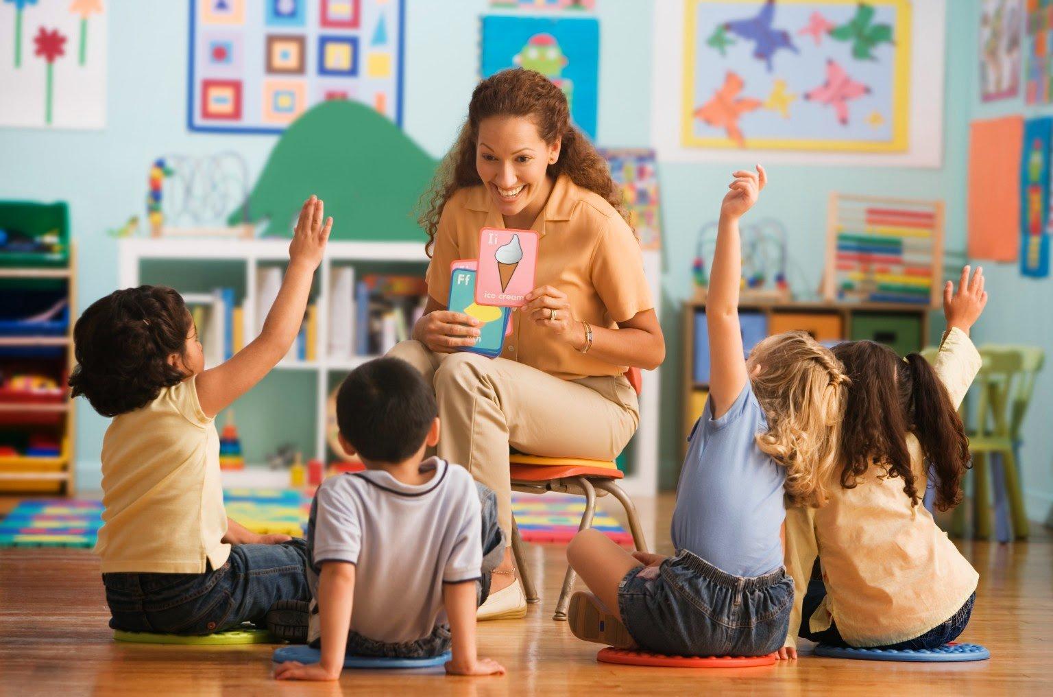 Bagaimana Menjadi Guru yang Menyenangkan?