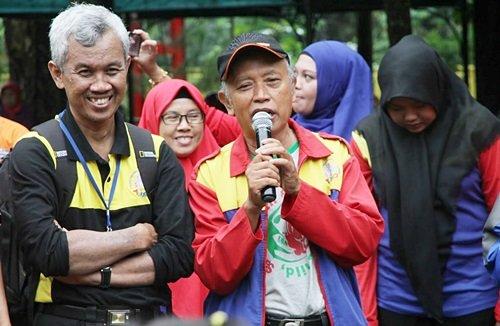 Bapak Talim Susanto, mitra unit Taruna Jaya memberi sambutan