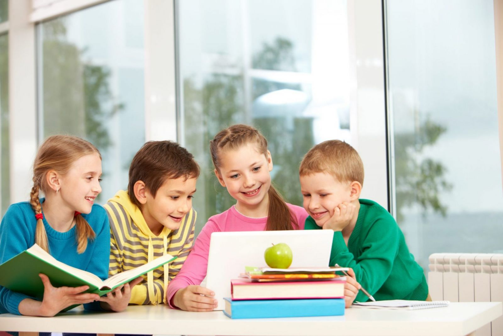 Mengajarkan Anak Belajar yang Sepenuhnya Menyenangkan