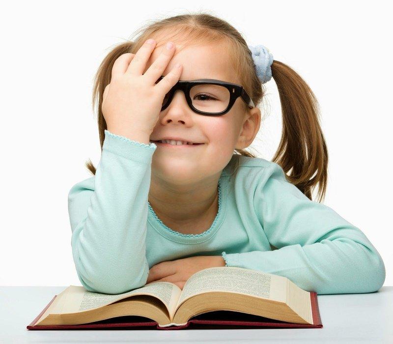 10 Tips Membuat Anak Suka Membaca